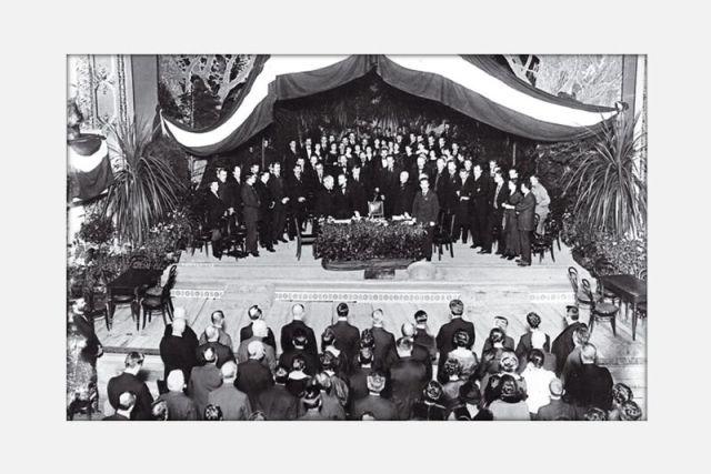 Gründung der lettischen Republik am 18. November 1918. Foto von Vilis Ridzenieks, gefunden auf: m.lvportals.lv